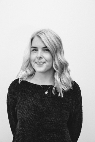 Elina Sjöberg | Graphic Designer & Marketing Assistant
